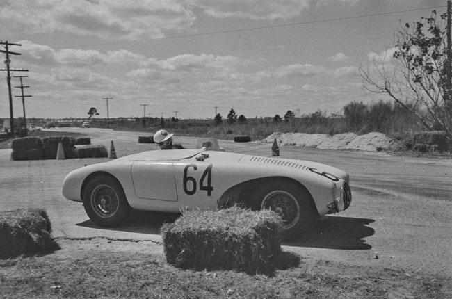 Sebring 1955, LLyod - Huntoon on the way to a 1500cc first in class